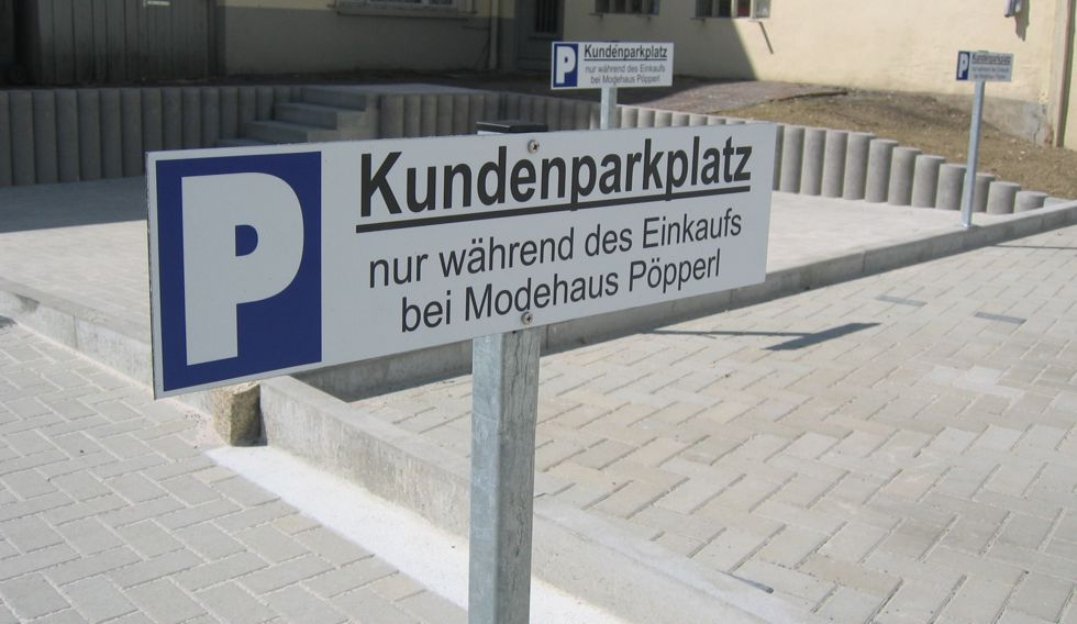 Pöpperl Kundenparkplatz